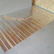 Водяной теплый пол в доме заменит радиаторы
