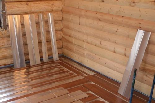 Четыре способа сделать теплый пол на деревянном полу
