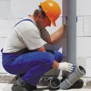 Чем привлекает клиента монтаж систем водоснабжения и канализации из пластиковых труб?