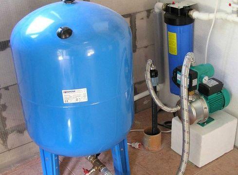Нужно ли автономное водоснабжение в квартире?